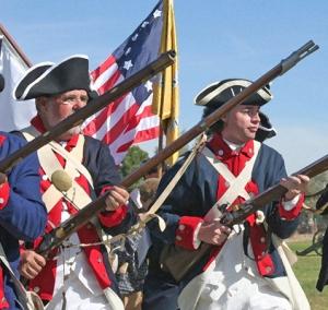 Reenactors image from Revolutionary War Reenacting