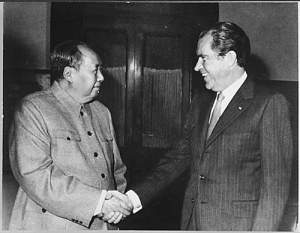 Nixon meets Mao image from the National Archives