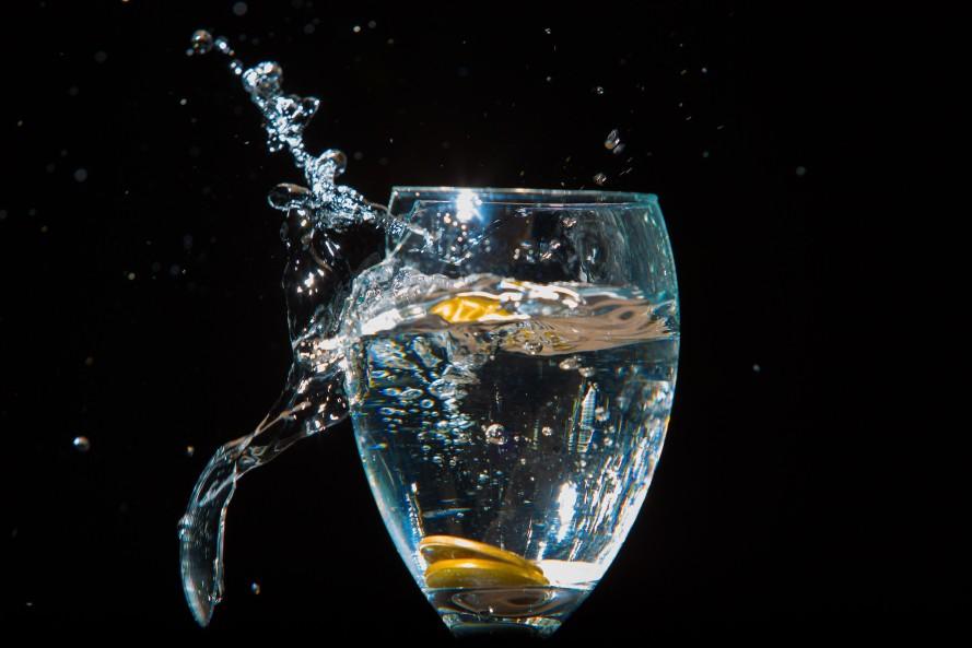 Broken glass image by Tiago Padua